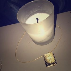 18kt gold bible locket necklace